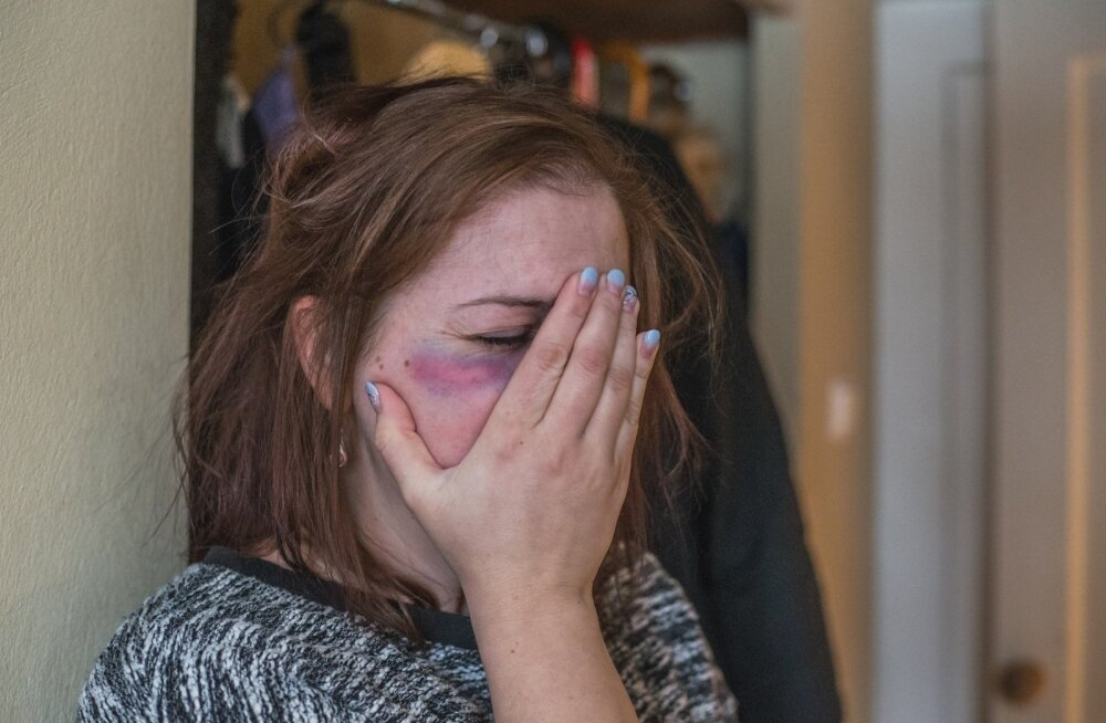 ГРАФИК: Минувшие праздники привели к увеличению случаев домашнего насилия. Особенно плачевна ситуация в Ида-Вирумаа