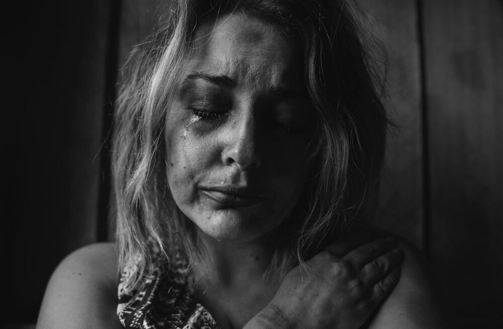 Naine tunnistab üles: petsin oma invaliidist meest ja kahte imearmast last kuus aastat järjest