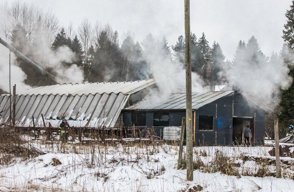 Tulekahju saekaatris Raplamaal, Angerja külas.