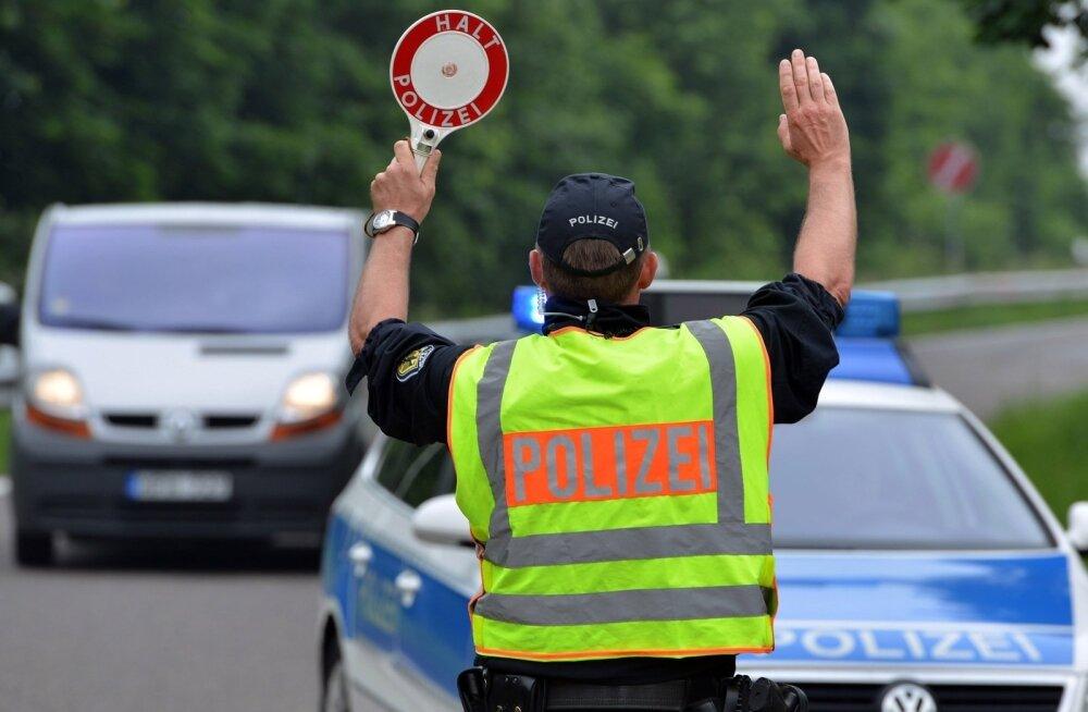 В Германии задержан заказанный в Эстонии для перевозки школьников автобус с неисправными тормозами