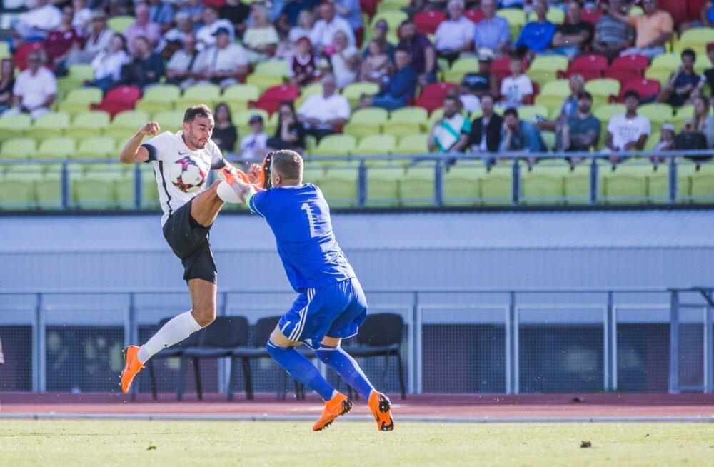 Eesti koondise ründaja Sergei Zenjovi (valge) trump on kiirus. Kogu meeskonna eripära võikski olla kiirus, võimsus, vastupidavus ja võitluslikkus.