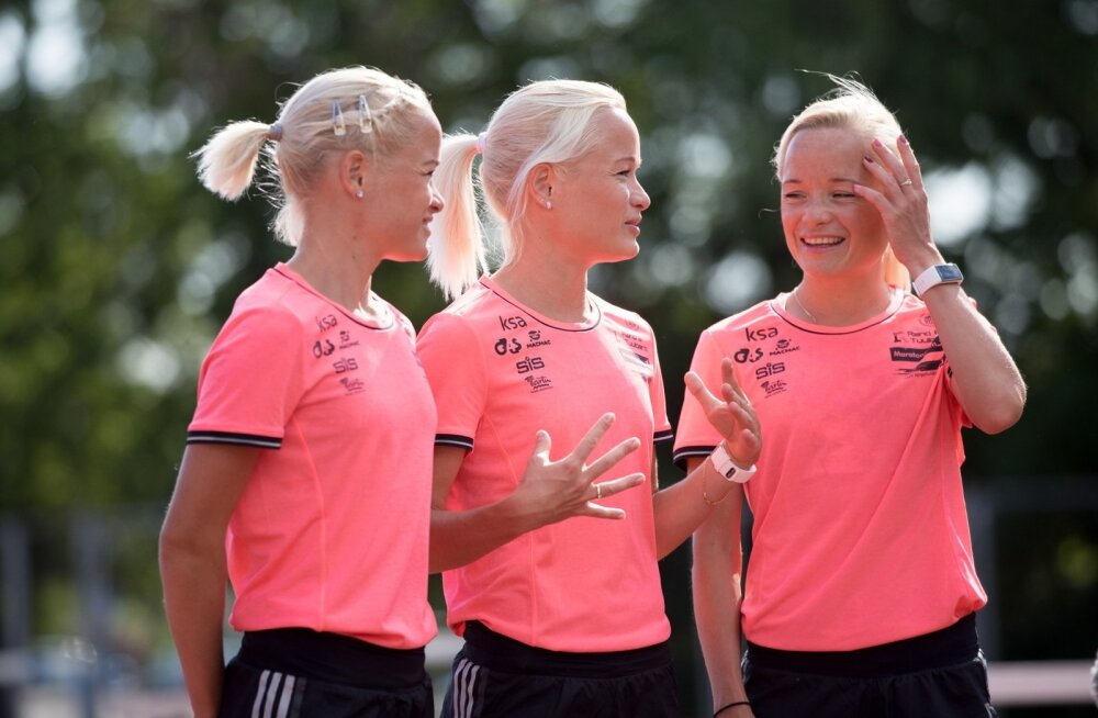 Leila, Liina ja Lily Luik 2016. aasta juunis.