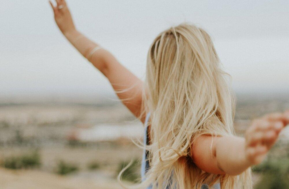 Värske uuring kinnitab: vallalised naised on palju õnnelikumad, kui ühiskond arvab, et nad on