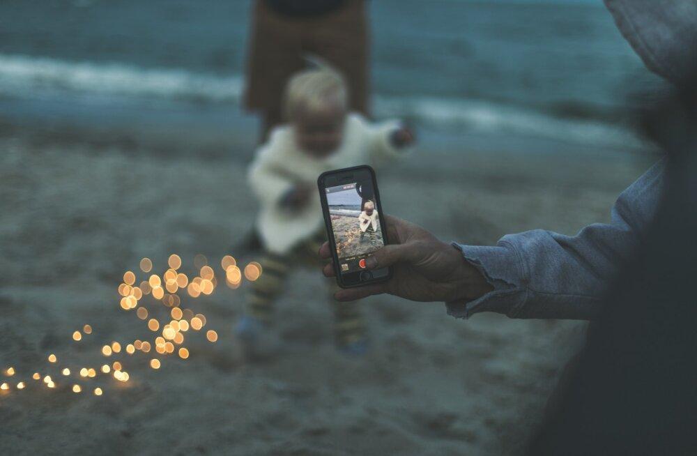 Nooruk möönab: olgem ausad, mitte ükski inimene ei loobu sellisest mugavusest nagu nutitelefon
