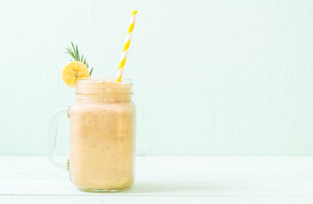 RETSEPTID | Kolm kasulikku smuutit värviliste puuviljade ja tervisliku piimaga