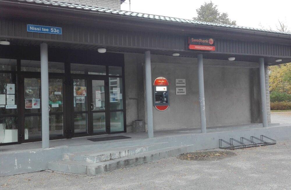 Swedbank paigaldas sularahaautomaadi Riisiperre tagasi