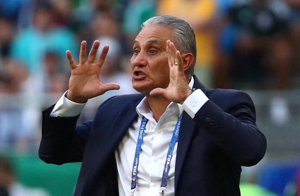 Brasiilia koondis pikendas peatreeneriga lepingut