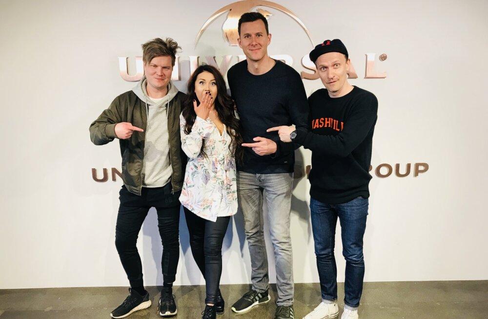 GIGANTIDE SEKKA   Elina Born siirdus plaadifirma Universal Music tiiva alla