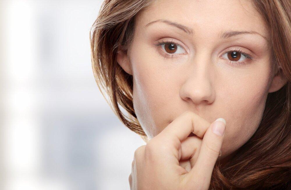 8 põhjust, miks su värskelt emaks saanud sõbranna nii väsinud on, et sinuga normaalset juttu rääkida ei suuda