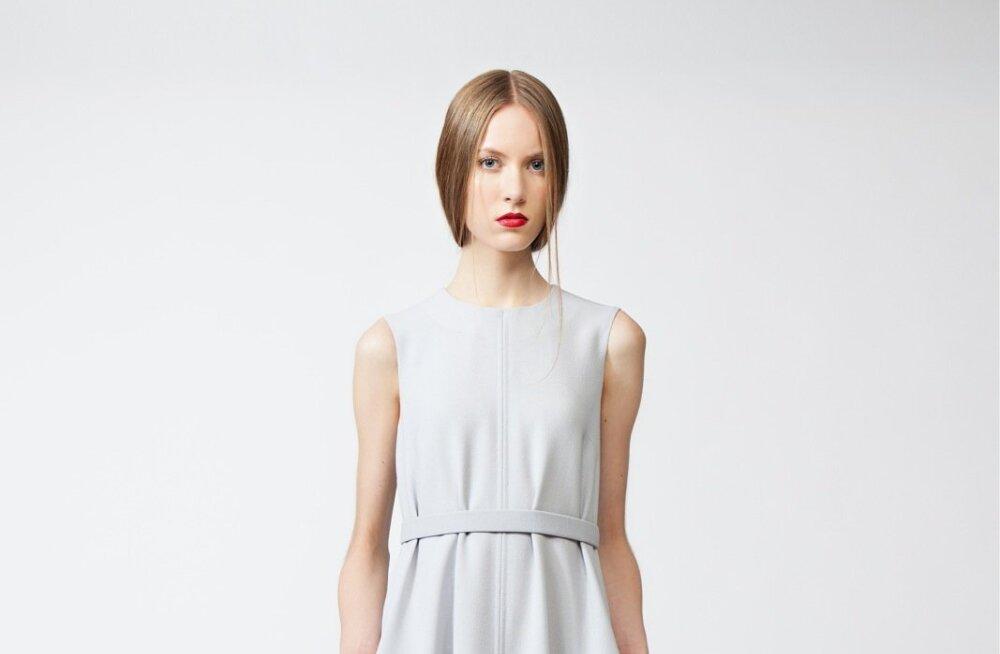 Piret Ilvese helehalli peenvillakrepist kleiti on kevadel ja suvel mõnusalt helge kanda nii tööl kui ka vabal ajal. Kvaliteetne siidvooder peab kaua vastu ja on keha vastas mõnus. 390.–