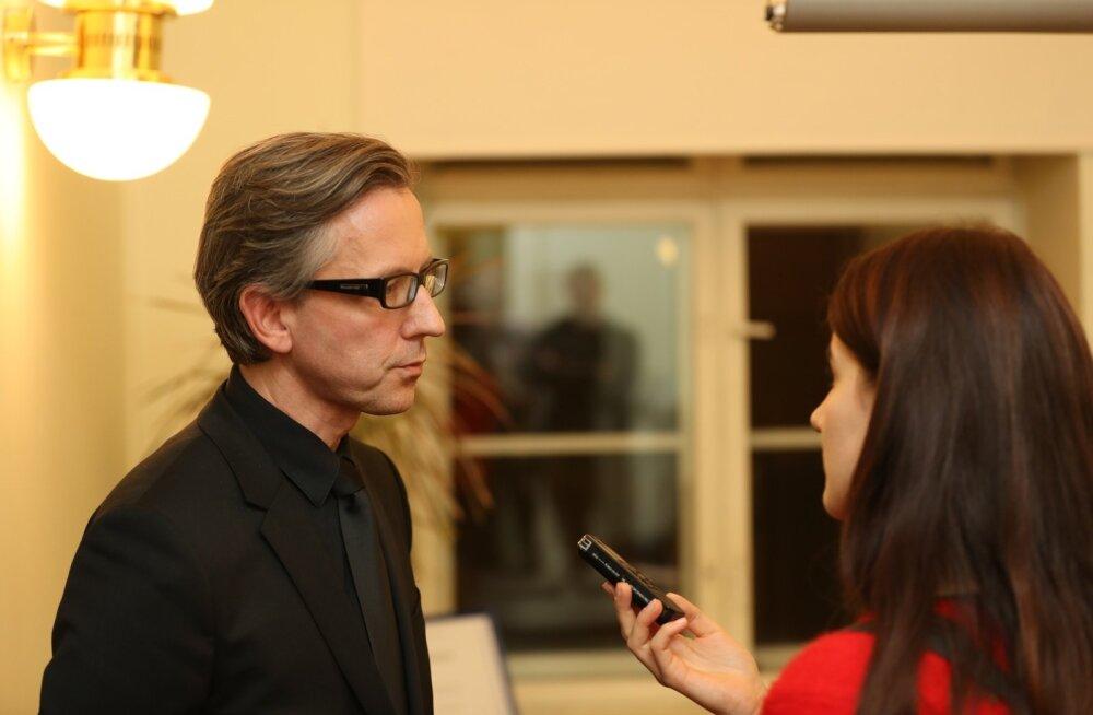 Indrek Laul kinnitas Eesti Päevalehele, et nõukogu aktsepteeris Laine Randjärve soovi ametisse astumise aega ühe kuu võrra edasi lükata.