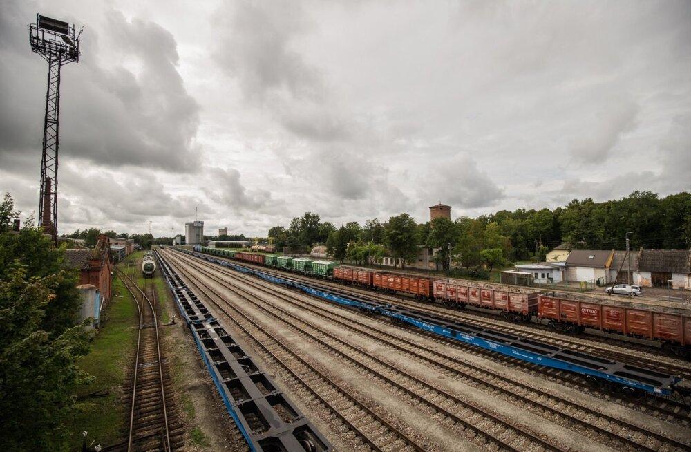 EVR Cargo konteinerplatvormid Valga raudteejaamas