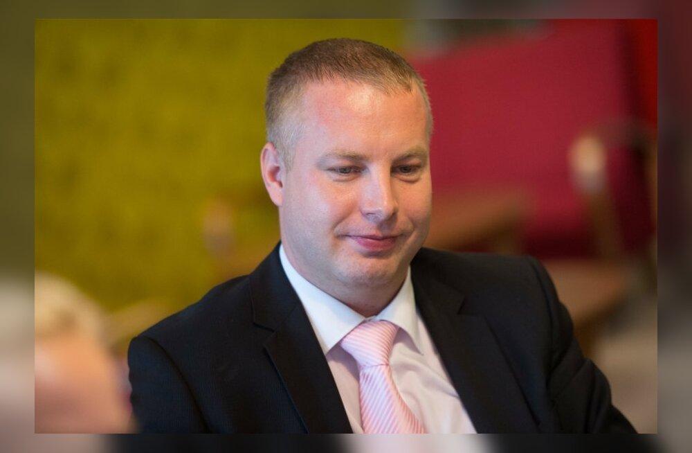 IRL-i Viimsi vallavanema kandidaat on Jan Trei, volikogu esimehena soovib tööd jätkata Mari-Ann Kelam