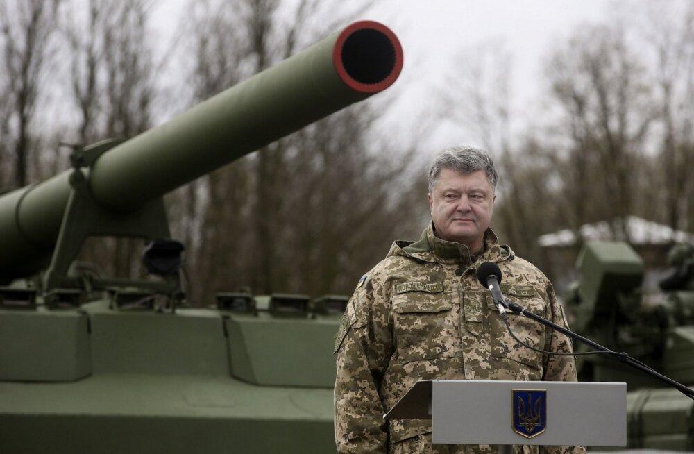 Porošenko nimetas Saakašvili toetajate telklaagrit Moskvast rahastatud pätikambaks