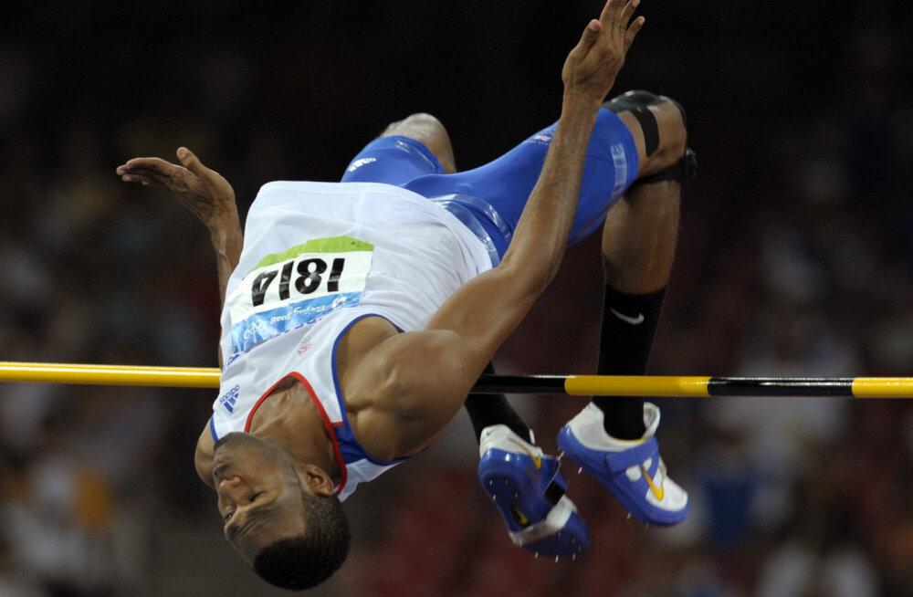 Usain Boltiga koos pidutsenud kõrgushüppe olümpiamedalist hukkus mootorrattaõnnetuses