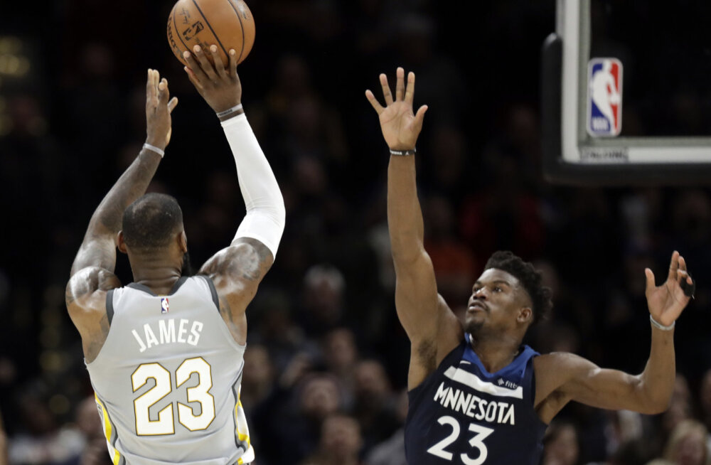 VIDEO | Lisaajal Clevelandi sangariks tõusnud LeBron James võitis mängu fantastilise viimase sekundi viskega