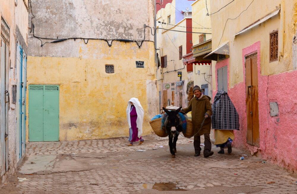Pöörane Maroko küla, kus värvid on ja reegleid ei ole