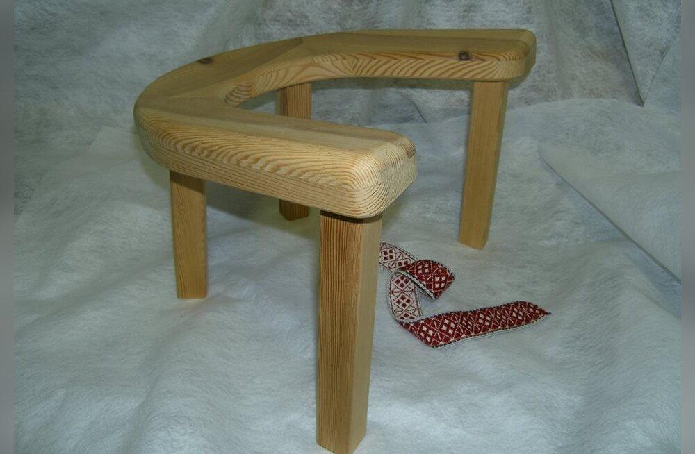 Hiiumaal saab pitsul istudes lapsi ilmale tuua