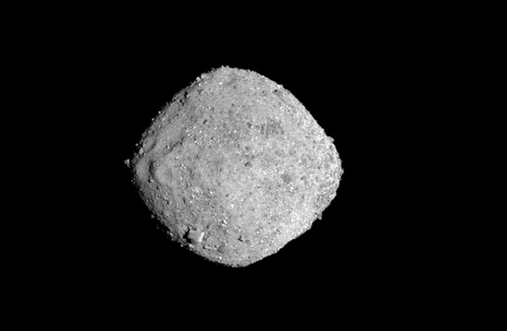 NASA sond jõudis iidse asteroidini ja toob sealt proovi Maale