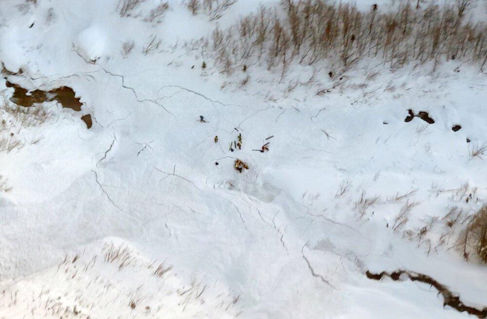Laviin tappis Itaalia Alpides Briti ja Prantsuse suusatajad
