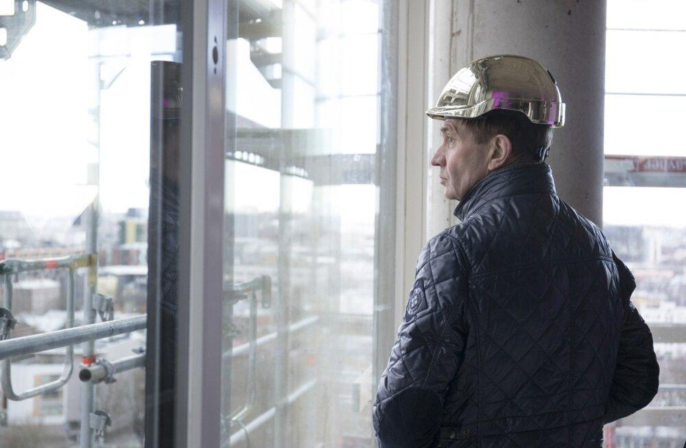 Urmas Sõõrumaa on senini Tallinna vaadanud Rotermanni kvartalist. Nüüd proovib ta valimiste kaudu linna juhtimise juurde jõuda.