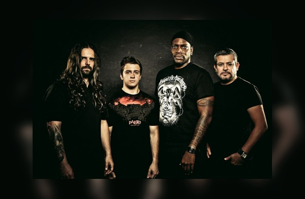 Смотри, что заказали в гримерку звезды тяжелого металла Kreator и Sepultur