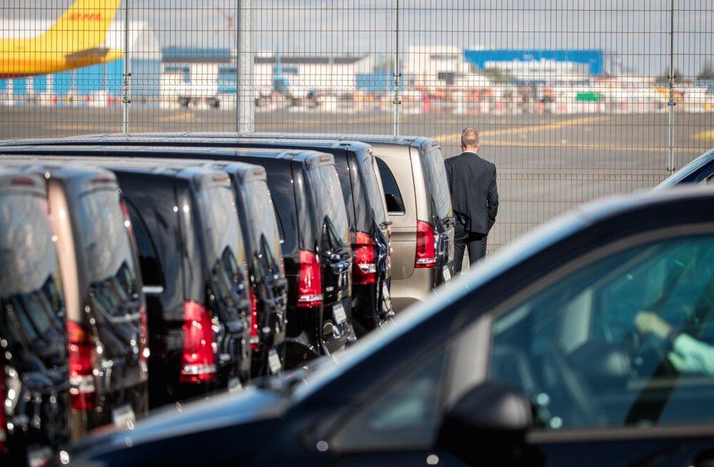 Ministritel lennujaamas vastas