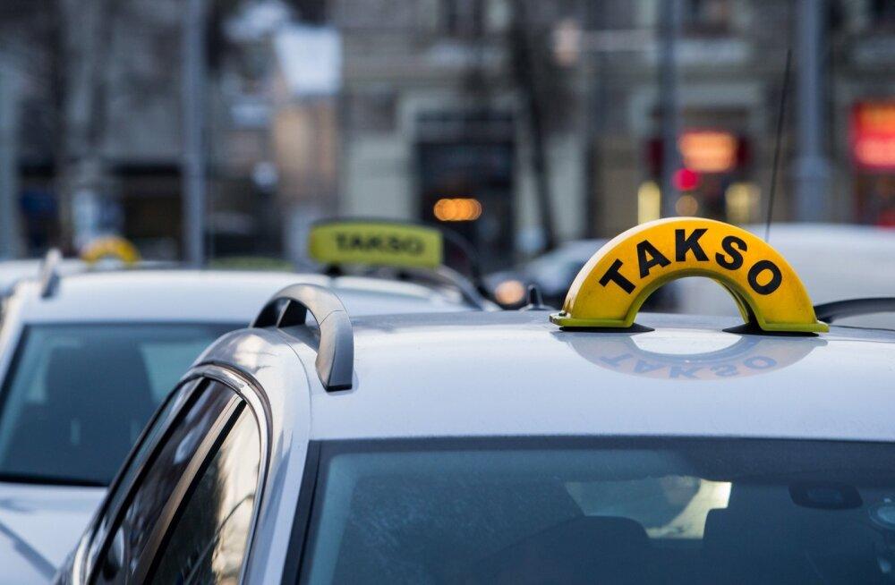 DELFI EKSPERIMENT: Ajakirjanik proovis seksi nii osta kui ka müüa. Appi tuli Lasnamäe taksojuht