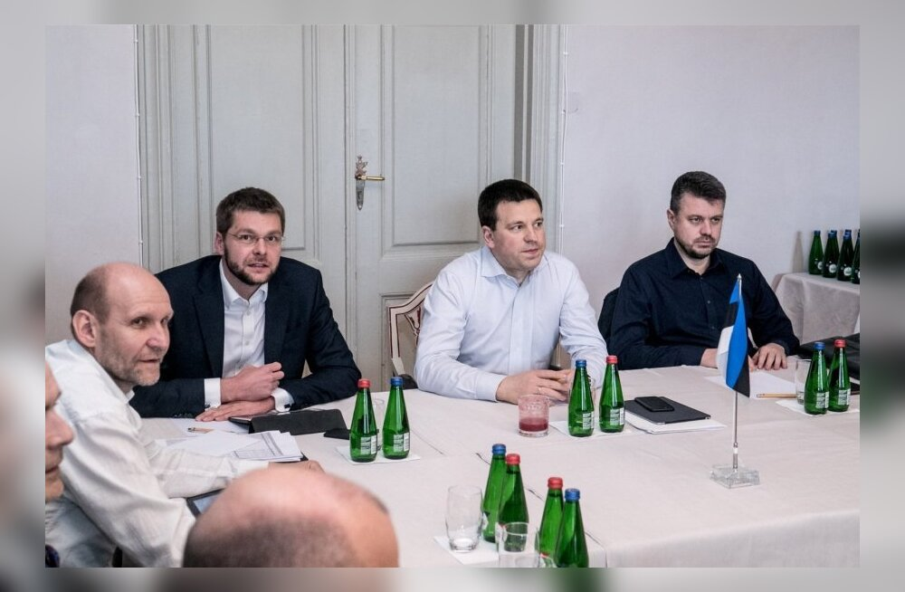 Переговоры о бюджетной стратегии завершены, акциз на алкоголь повышать не будут