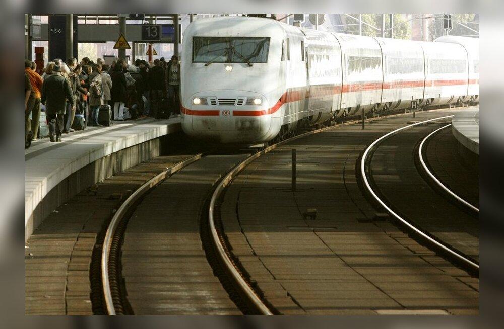 ICE rong, Berliini keskraudteejaam