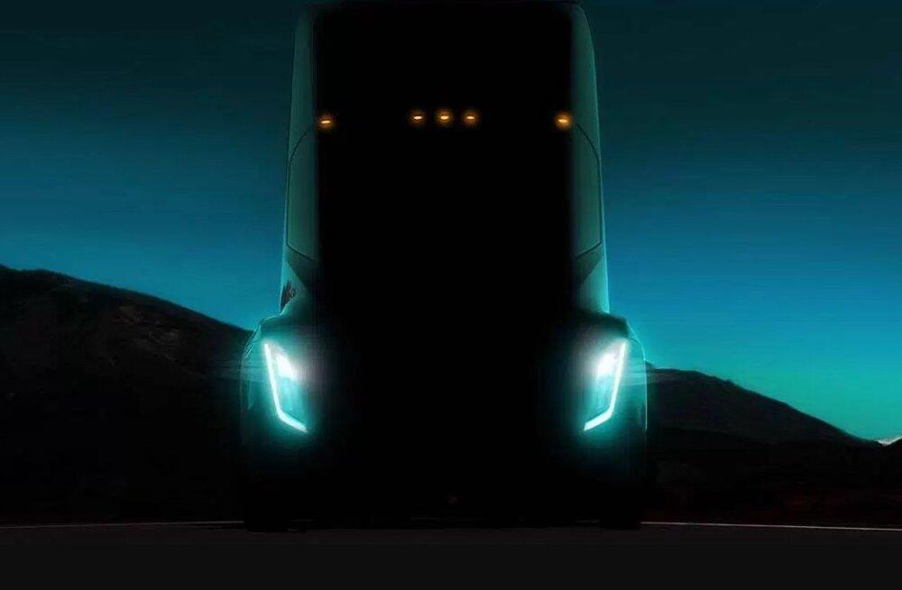 Tesla Semi sadulveok saab septembris avalikuks, rekamehel selle kabiini enam aga asja pole