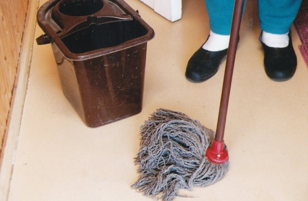 Põranda pesemine