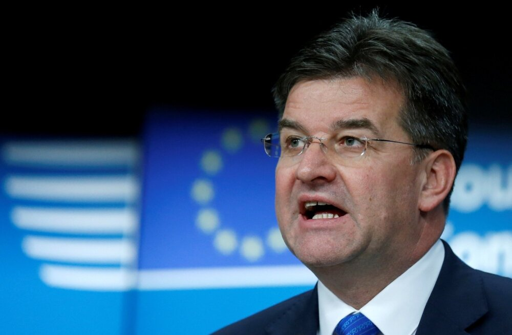 Slovakkia parlament hääletas ÜRO ränderaamistiku vastu, välisminister Lajčák astus tagasi
