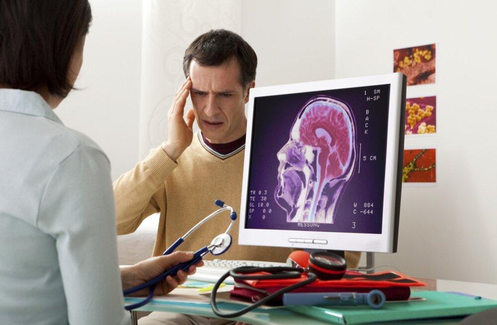 Migreeni tunnuseid pole palju, neid võiks teada. Ja siis kohe arsti juurde minna.