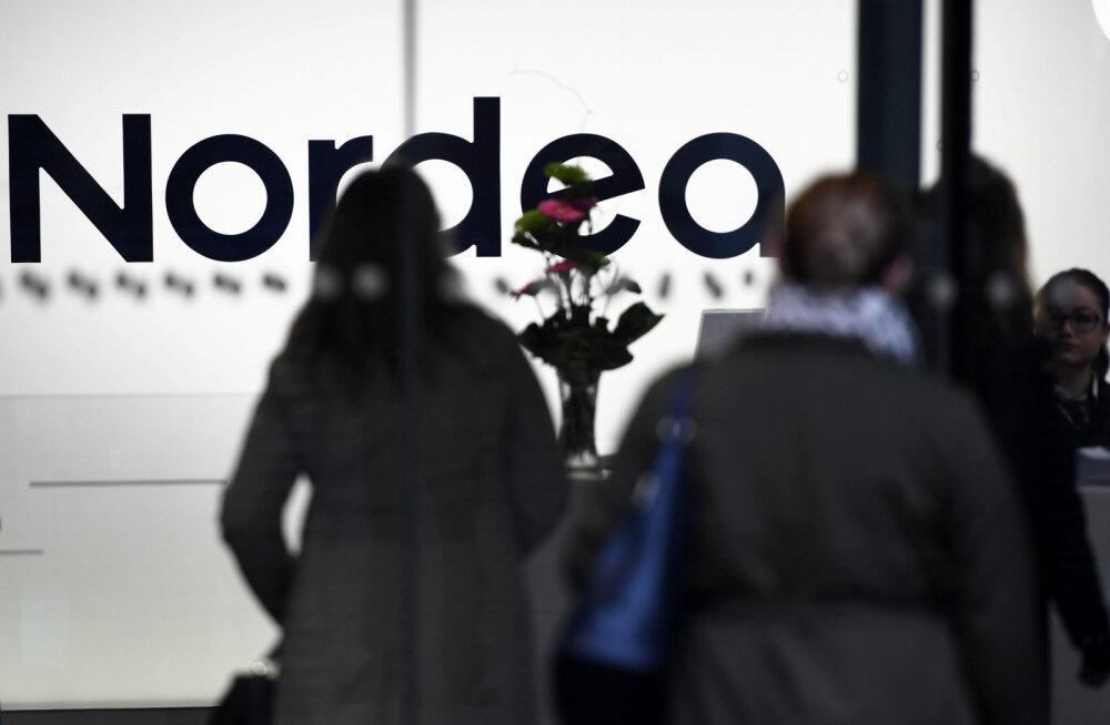 Kliendid hääletavad Nordea peakontori Soome kolimise tõttu jalgadega