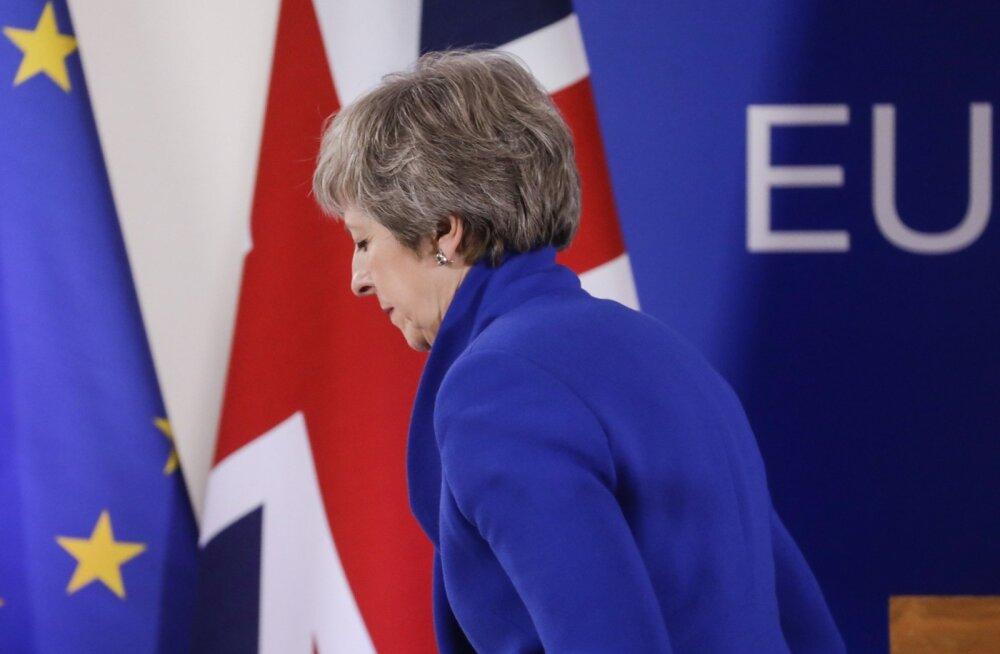 May sõnul on Briti parlamendil valida helgema tuleviku või riigi lõhestamise vahel.