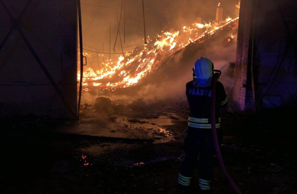 Tulekahju Järvamaal: süttis vana küün
