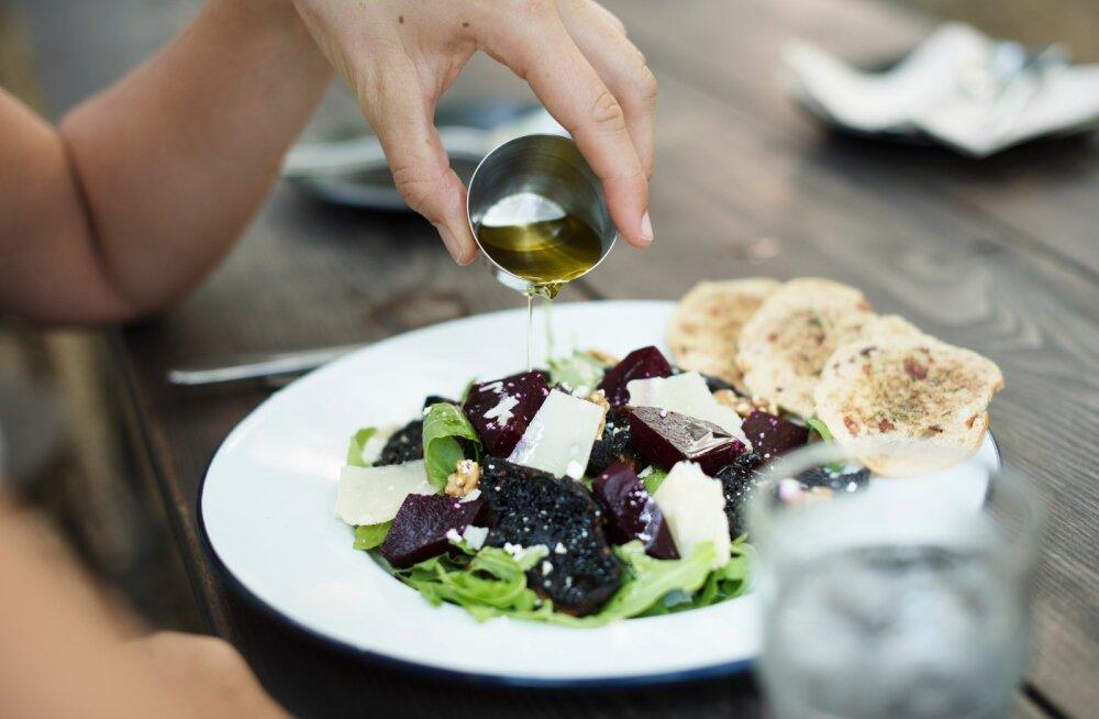 Toitumisnõustaja avaldab, milline on tervislik õhtusöök