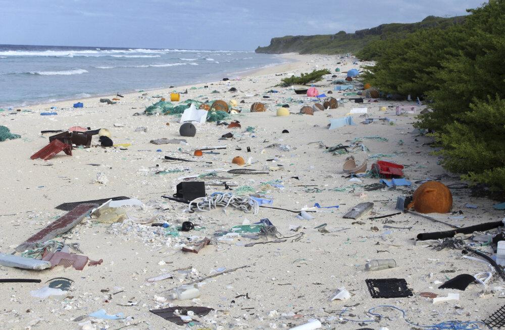 Maailma enimreostunud saare randa on tänaseks loksunud kümneid miljoneid plastesemeid