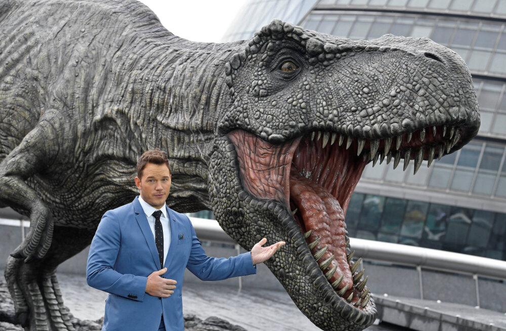 Tulirelvaga hiidsisaliku vastu: kui kuulikindlad olid dinosaurused?