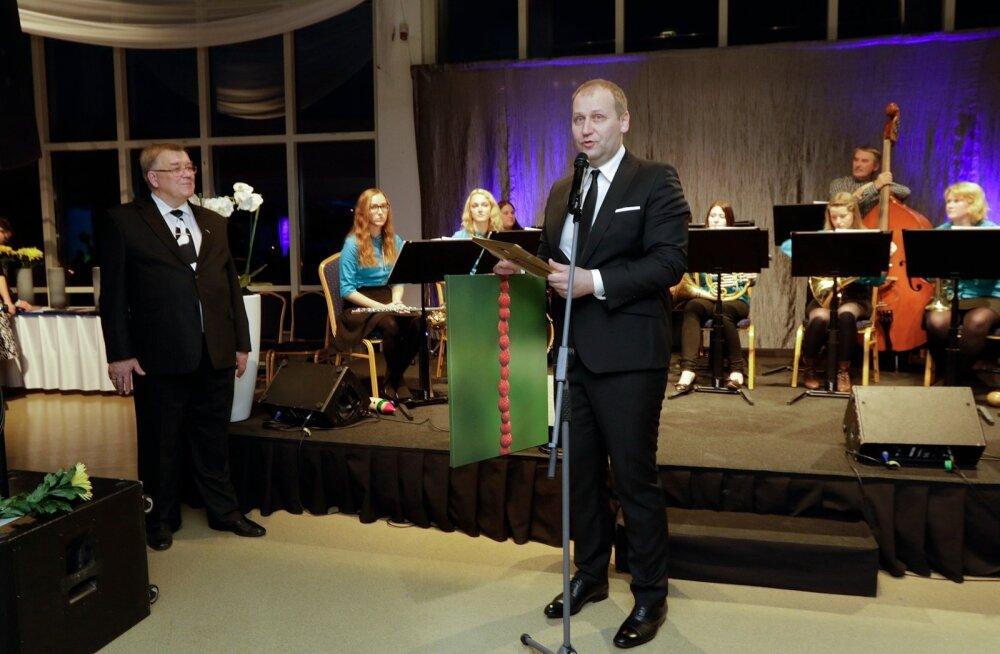 Eesti Põllumeeste Keskliidu 25.aastapäev Tallinna Lauluväljaku sammassaalis