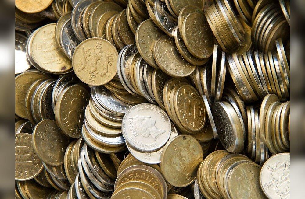 Pangad hakkavad euro eel kroonimünte kampaania korras koguma