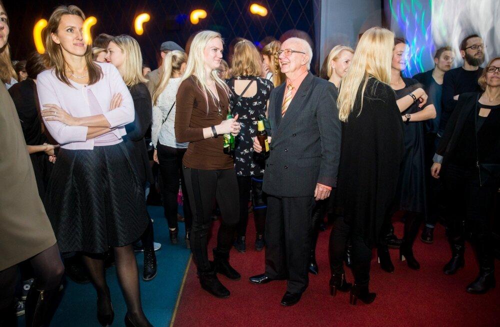 President Toomas Hendrik Ilves tutvustas muusikakogumikku