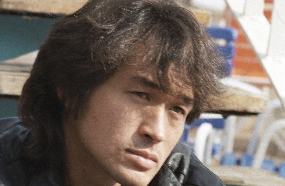 Viktor Tsoi, korea-vene verd kultuslaulja ja laulukirjutaja.