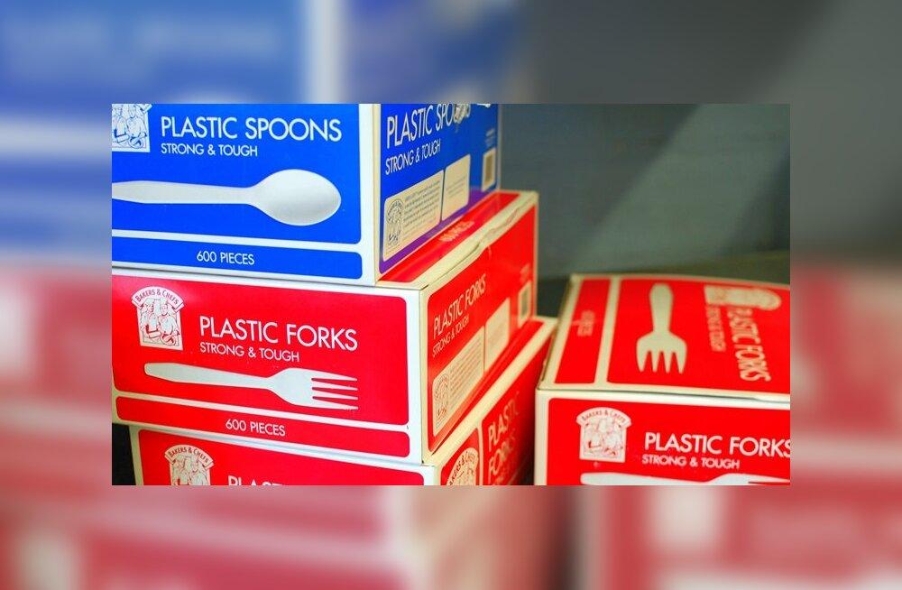 Prantsusmaa keelustas plastikust toidunõud – kas Eesti on järgmine?