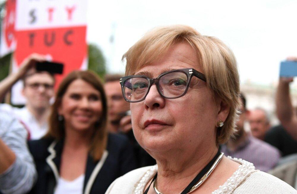 Poola ülemkohtu juht Gersdorf keeldub uue seaduse järgi pensionile minemast