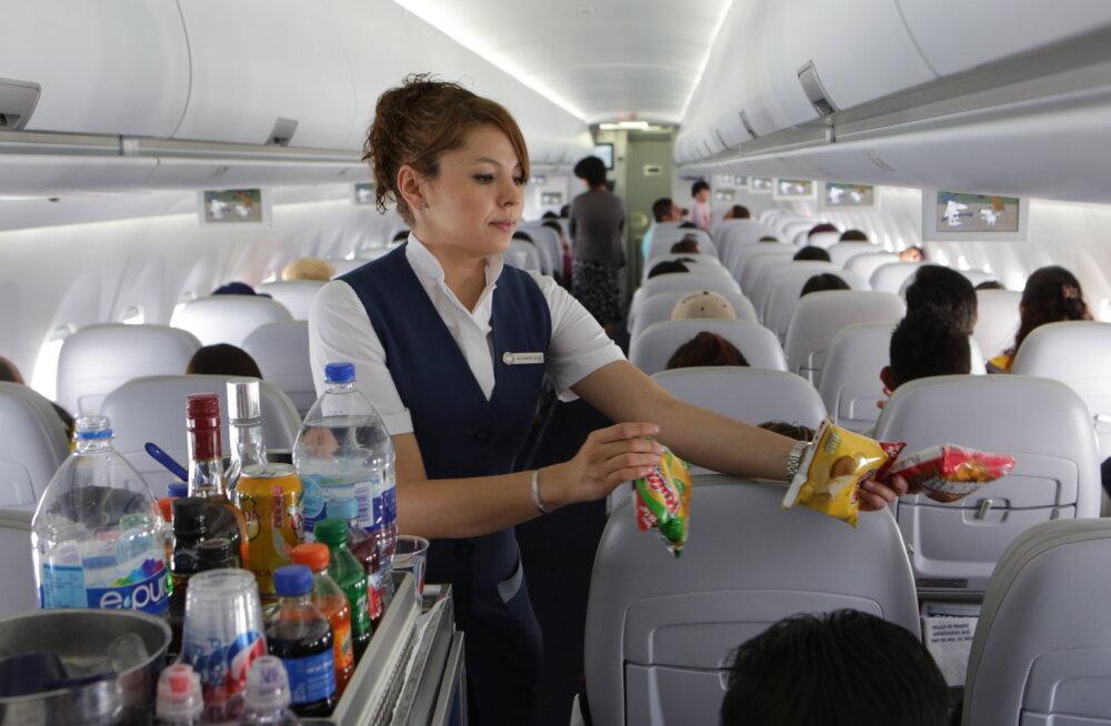 Stjuardess lennukis