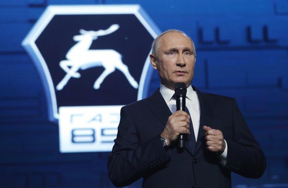 Kreml: Putini toetuse tase pole teistele presidendikandidaatidele kättesaadav