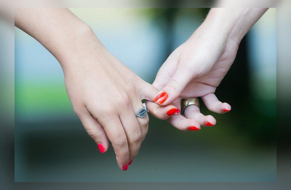 Диагностика болезней по рукам: о чем расскажут ваши ладошки