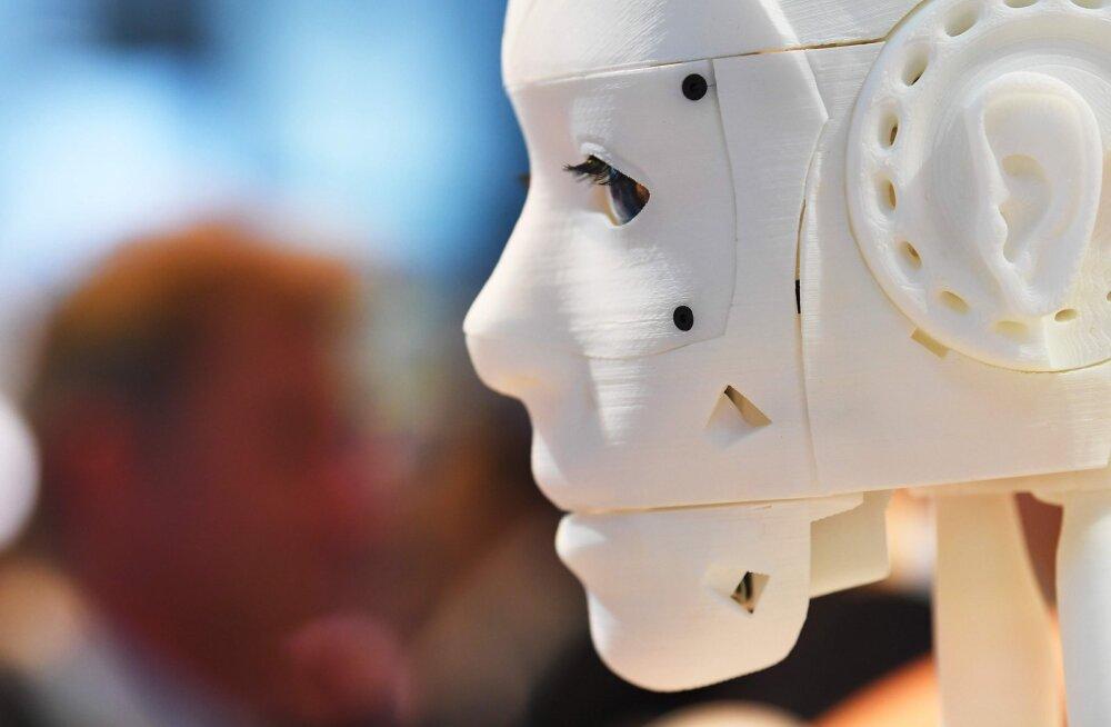 Рынок труда будущего: чьи рабочие места займут роботы и как не остаться безработным?